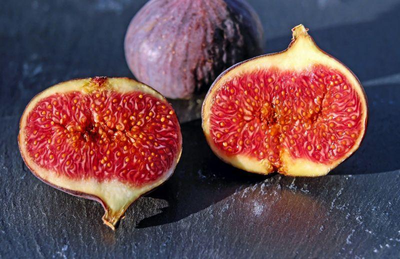 higo, fruto del Ficus carica (higuera)